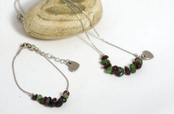 bracelet-et-collier_j'emme_chaine-coeur-inox_pierres-gemmes_rubis-zoisite_grenat_rouge-vert (3)